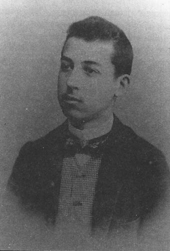 Enrique Heraclio Botana antes de establecerse en la ciudad de Vigo